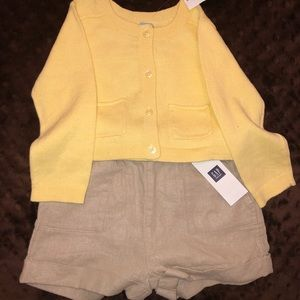 🆕 Baby Gap Sweater/ Baby Gap Linen Shorts